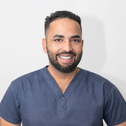 Dentist Gosnells, Dr. Kav Bhinder