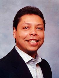 Fall River Chiropractor, Dr. Alexsandro dos Santos
