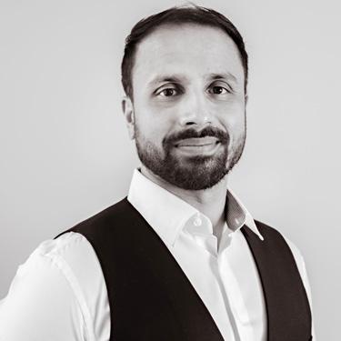 Chiropractor Dr. Amar Sandhu