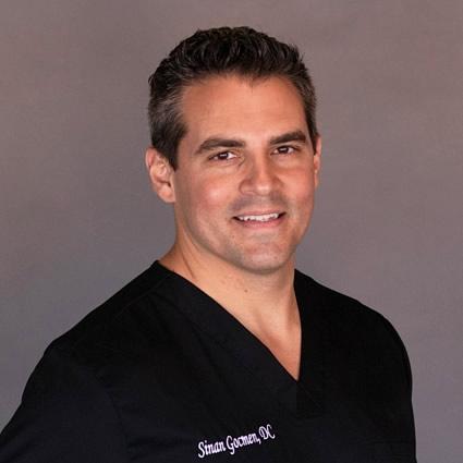 Chiropractor Bettendorf, Dr. Sinan Gocmen