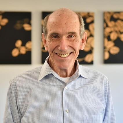 Dr. Barry Roland headshot