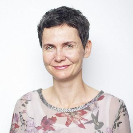 Dr Veronika Valena