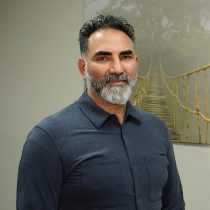 Chiropractor Tukwila, Dr. Karm Virk