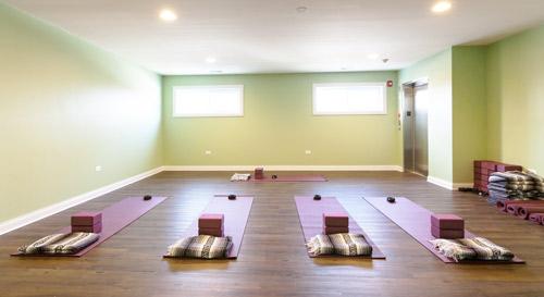 yoga-at-advanced-healthcare
