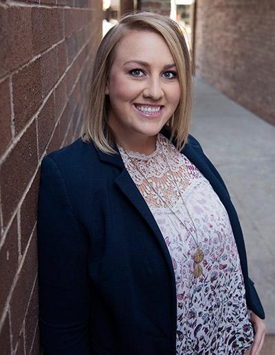 Chiropractor Crystal Lake, Dr. Jennifer Givens