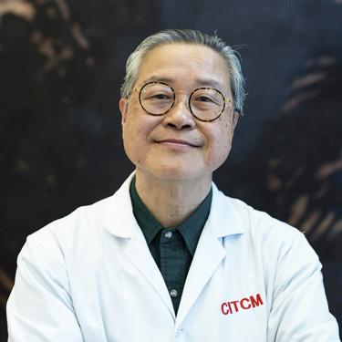 Dr Yuchee Chih, Calgary Acupuncturist