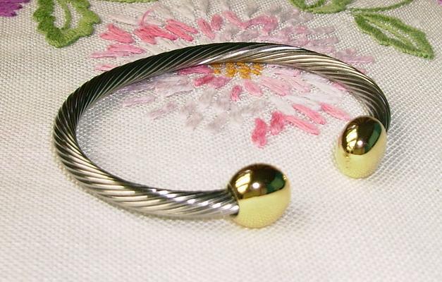 Q-Ray Ionized Bracelet