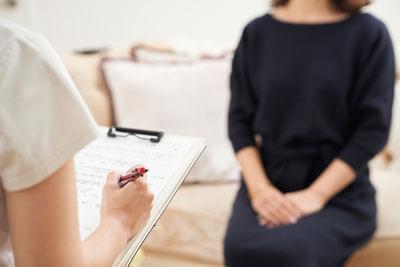 women in consultation